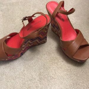 American Eagle Outfitters Shoes - America eagles 🦅 wedges size 8 1/2